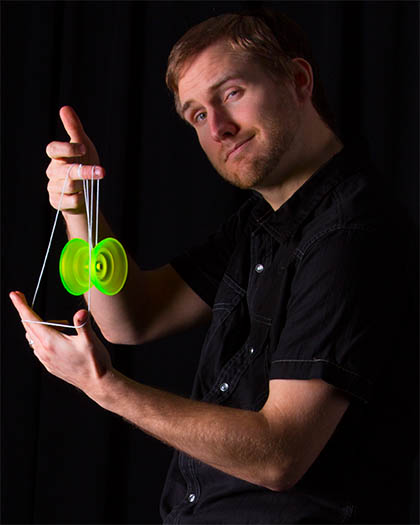 The World's Most Famous Yoyo Player - Brian Duncan