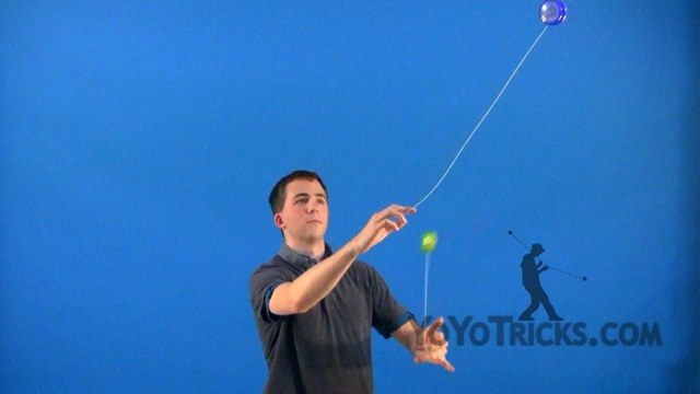 2A #19 Loops and Reach for the Moon Yoyo Video