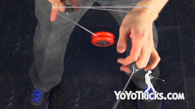 Basic Two Handed Long Spin Butterfly Wrap Yoyo Trick