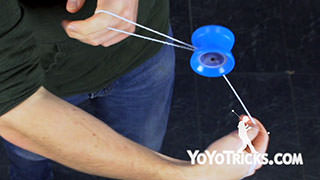Cross Capture Yoyo Trick
