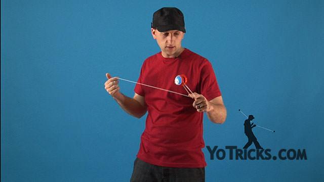 Double Trapeze Yoyo Trick