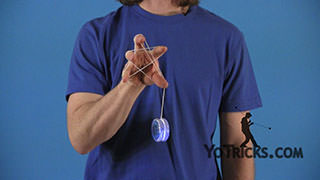 One-handed Star Yoyo Trick