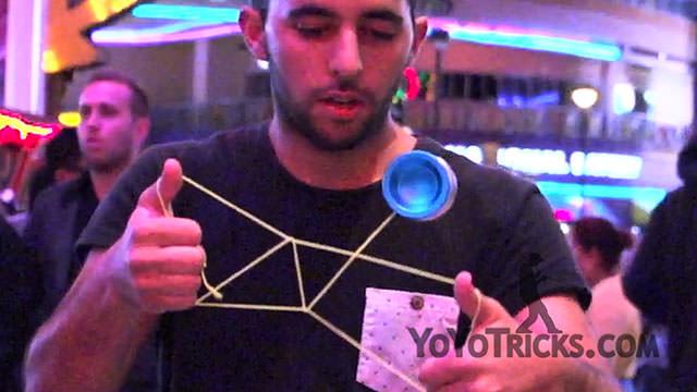 Paul Kerbel Yoyo Champion in Vegas Yoyo Trick