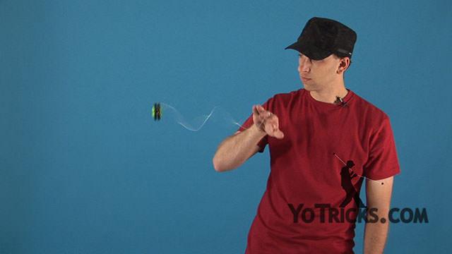 Sidewinder Yoyo Trick