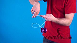 Slack Trapeze Yoyo Trick